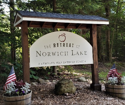 Retreat at Norwich lake entrance